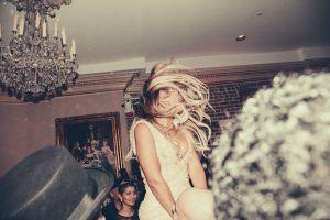 Beyonce-dancing-at-Tina-Knowles-60th-Birthday-party