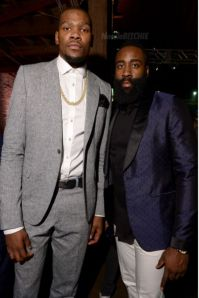 Kevin-Durant-and-Baron-Davis-GQ-NBA-All-Star-Party