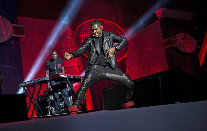 Singer Usher performs