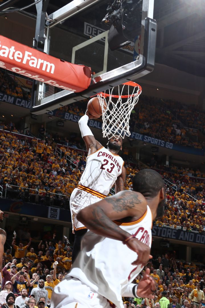 Top 20 Plays From The Sweeping Cleveland Cavaliers in the Playoffs [VIDEOS & Photos]