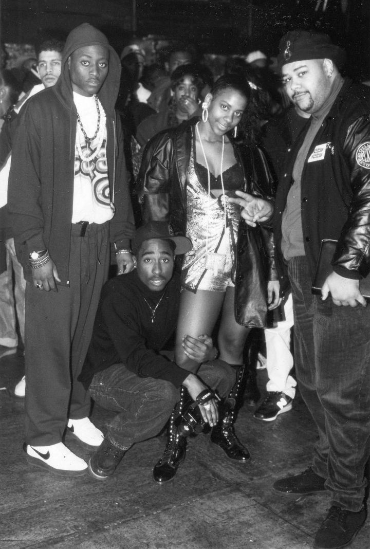 Tupac & cast on the set of 'Juice'